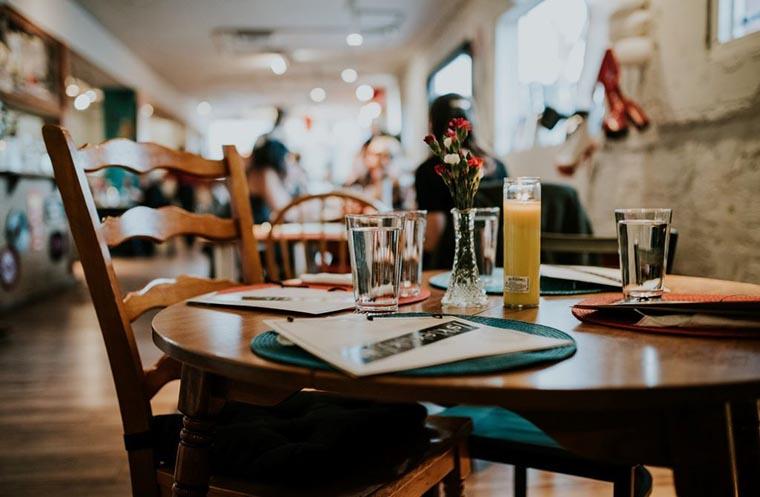 Местные рестораны и кафе