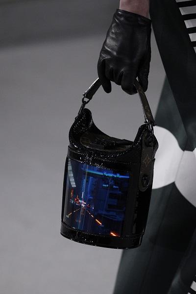 Сумки Louis Vuitton будут со встроенным экраном 4