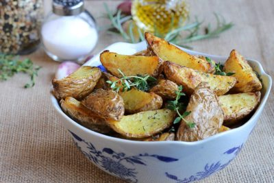 Как готовить молодую картошку