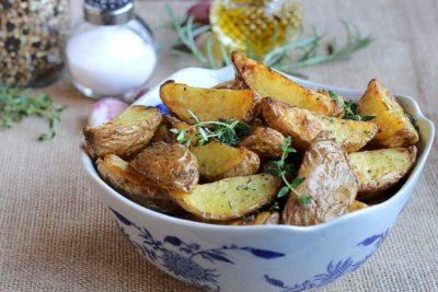 Як готувати молоду картоплю
