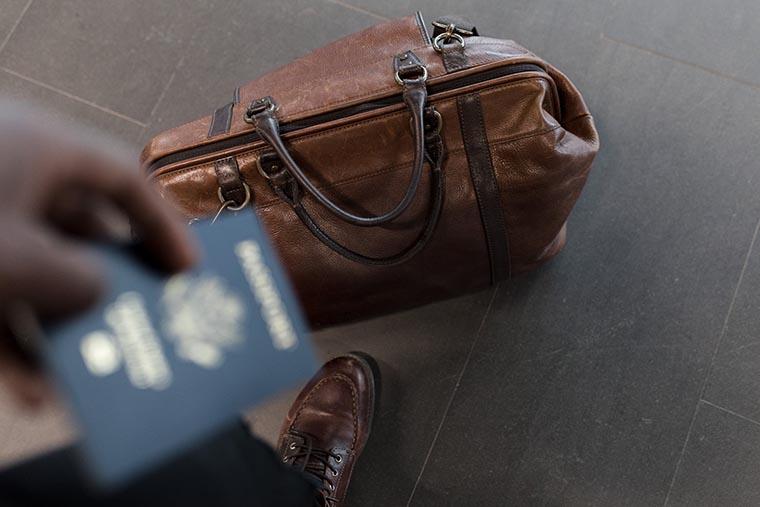 Не кладите паспорта в чемодан