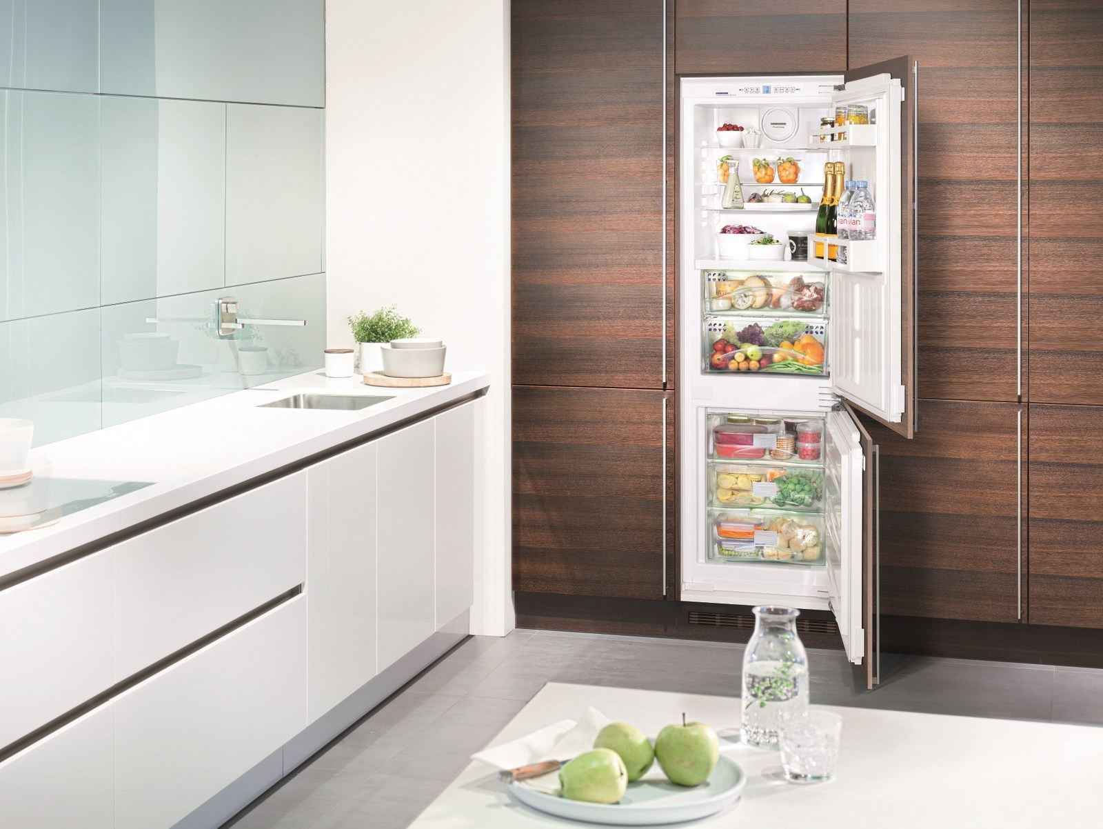 Выбираем холодильник до 5 000 грн - встраиваемый маленький холодильник
