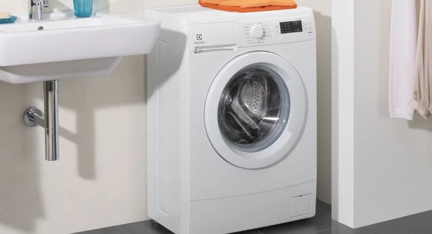 Выбираем стиральную машину до 10 000 - узкая стиральная машина