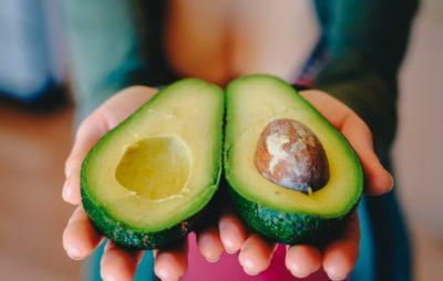 Как правильно чистить авокадо - 2