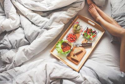 Как ускорить метаболизм: Завтрак в рационе