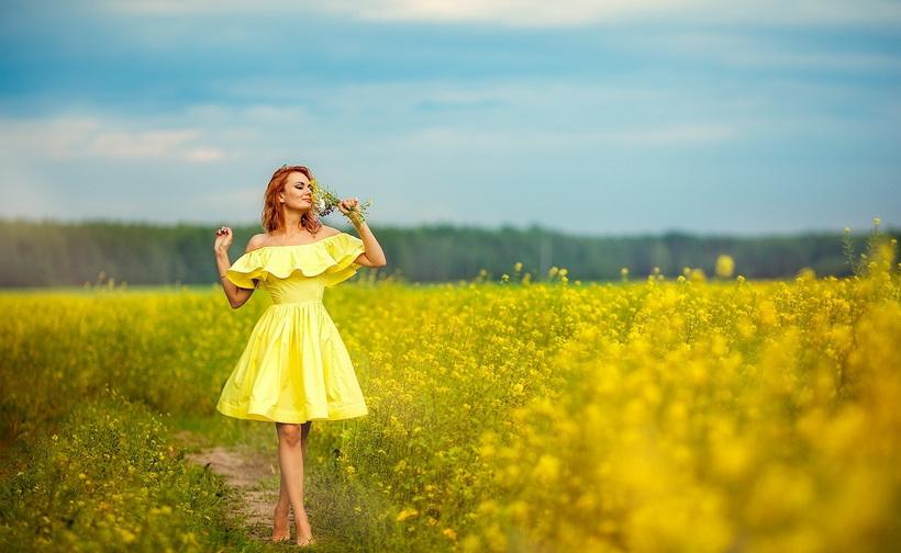 Фотосессия в цветах-поле