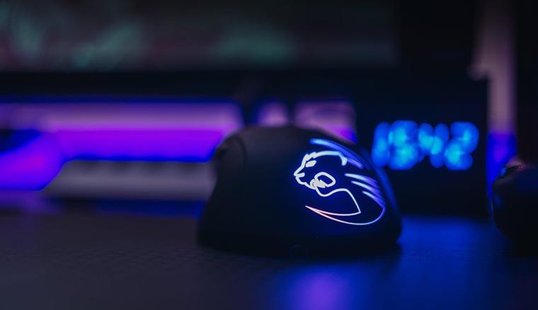 Геймерская мышка с подсветкой