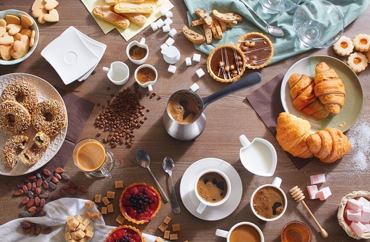 Кофе и вкусняшки