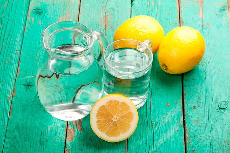 Лимонная вода-утром