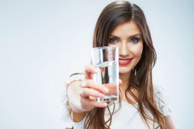 Стакан воды-целебная сила