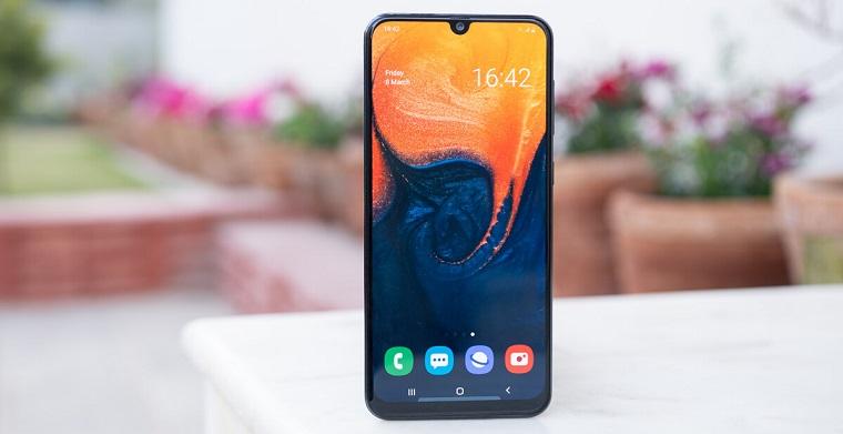 Топ-10 лучших смартфонов 2019_июль_- samsung galaxy a30