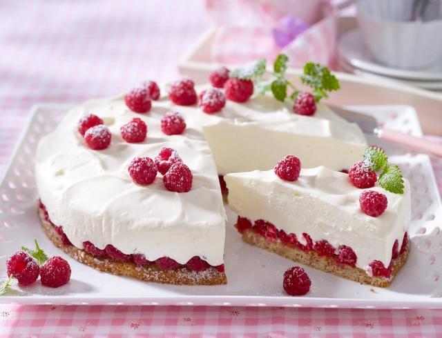 Торт-творожно-малиновый