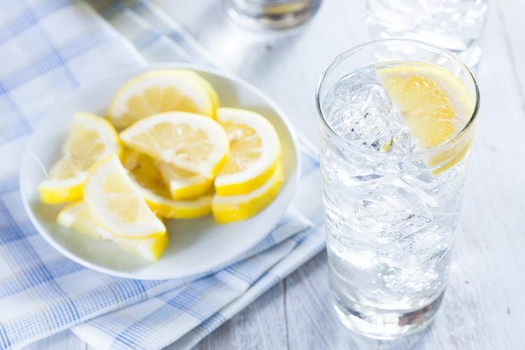 Утро-вода с лимоном