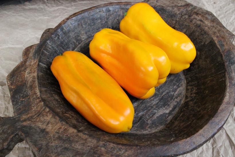 Желтый перец-паприка