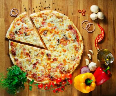 Рецепт піци вдома
