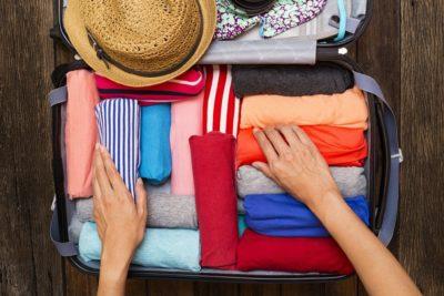 Как упаковать вещи в чемода