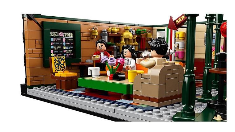 Набор LEGO для фанатов сериала Друзья 4