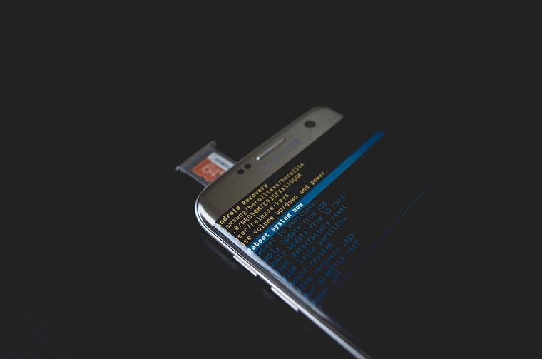 Управление смартфоном на базе Android