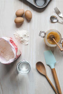Готовим тесто на бисквит