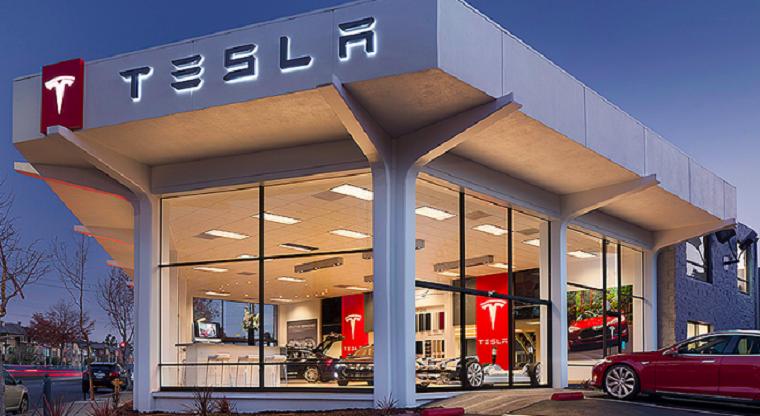 начаты официальные продажи Tesla в соседних странах 2
