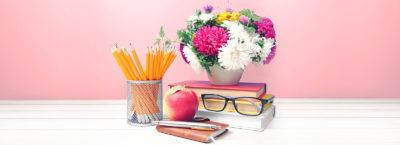 Що можна подарувати на День вчителя