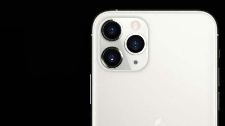 Новые iPhone 11-система трех камер