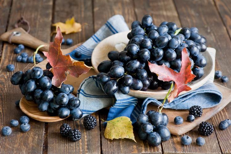 Виноград-урожай