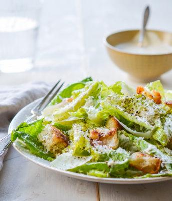 салат цезарь дома рецепт