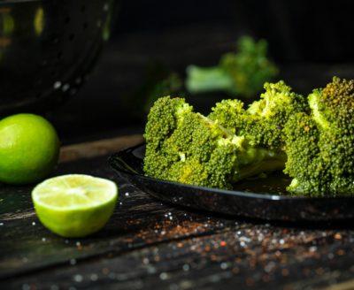 Свіжа капуста броколі