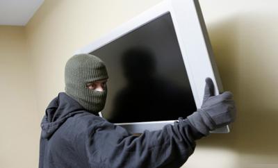 Злодій з телевізором