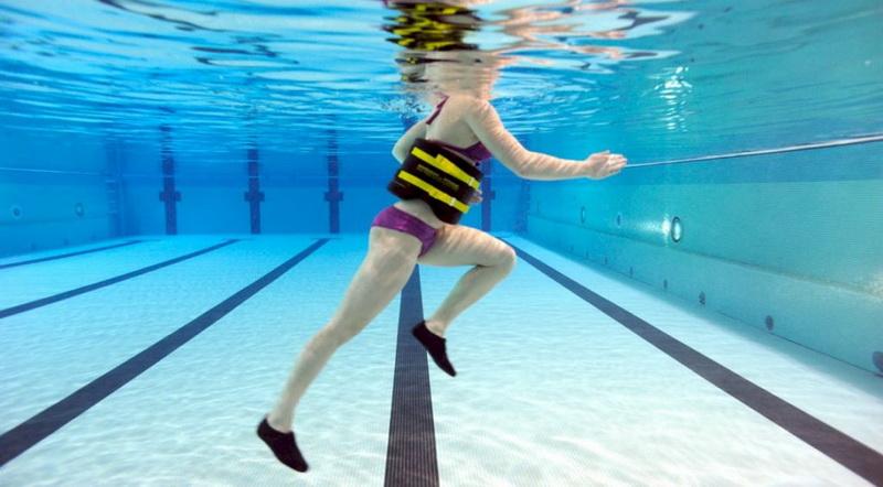Бег в воде-щадящий фитнес
