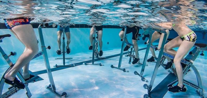 Гидрорайдер-велогонка в воде