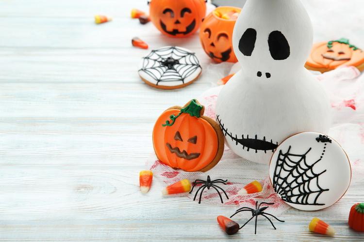 Хэллоуин-сладость или гадость