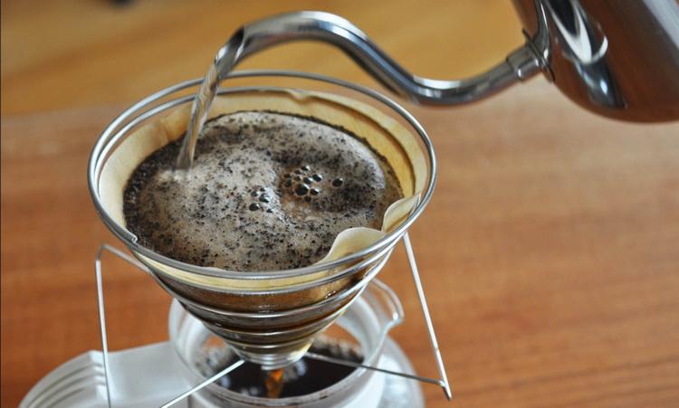 Пуровер-кофе-по-японски