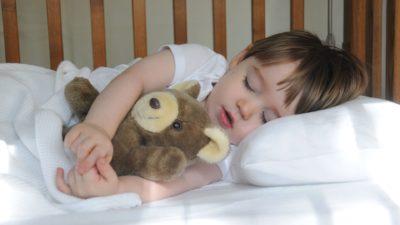 надійна подушка краще для сну