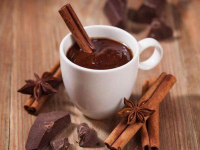 Шоколад з корицею