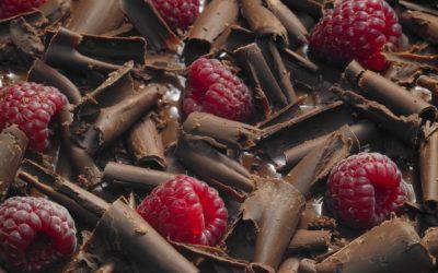 Шоколад з малиною
