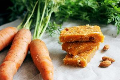Яблучно-морквяний мармелад з горіхами