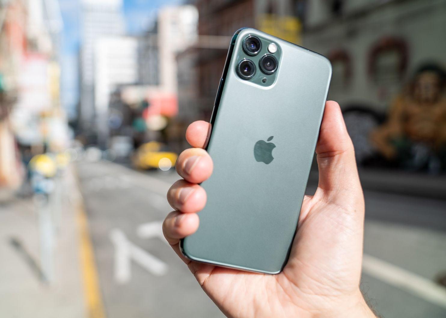 iPhone 11, iPhone XR и iPhone 8_какой из iphone выбрать - новый iPhone