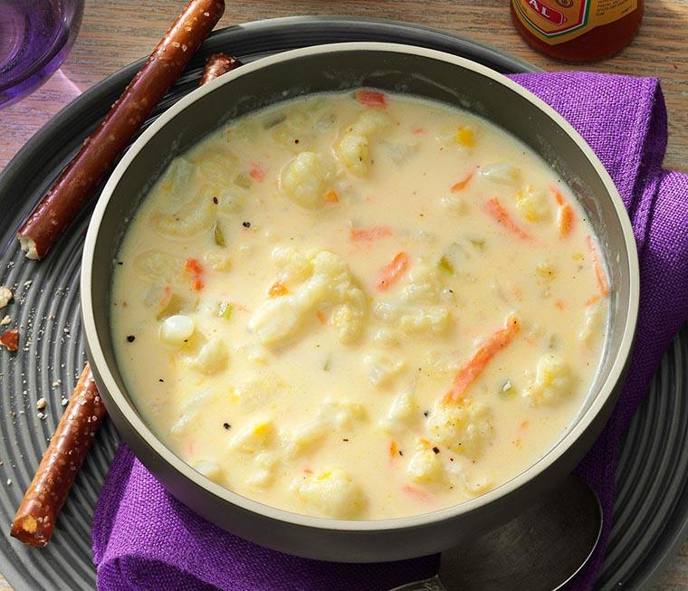 Белый суп из цветной капусты