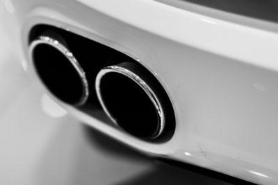 Як прибрати подряпину на автомобілі: Дефект кольору
