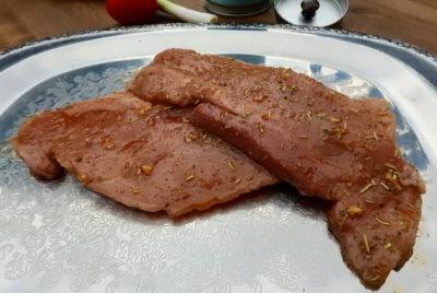 Как приготовить отбивные: Маринуем мясо