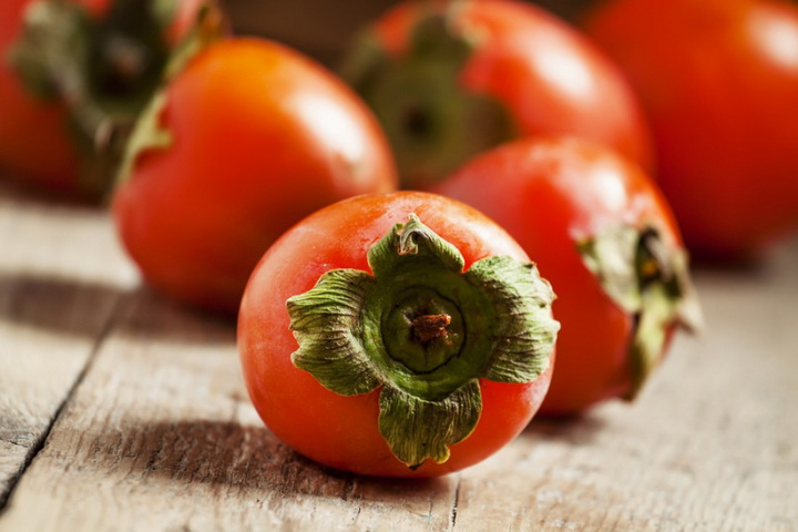 Хурма-ягода