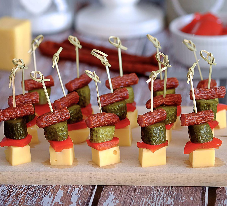 Идеи канапе с сыром