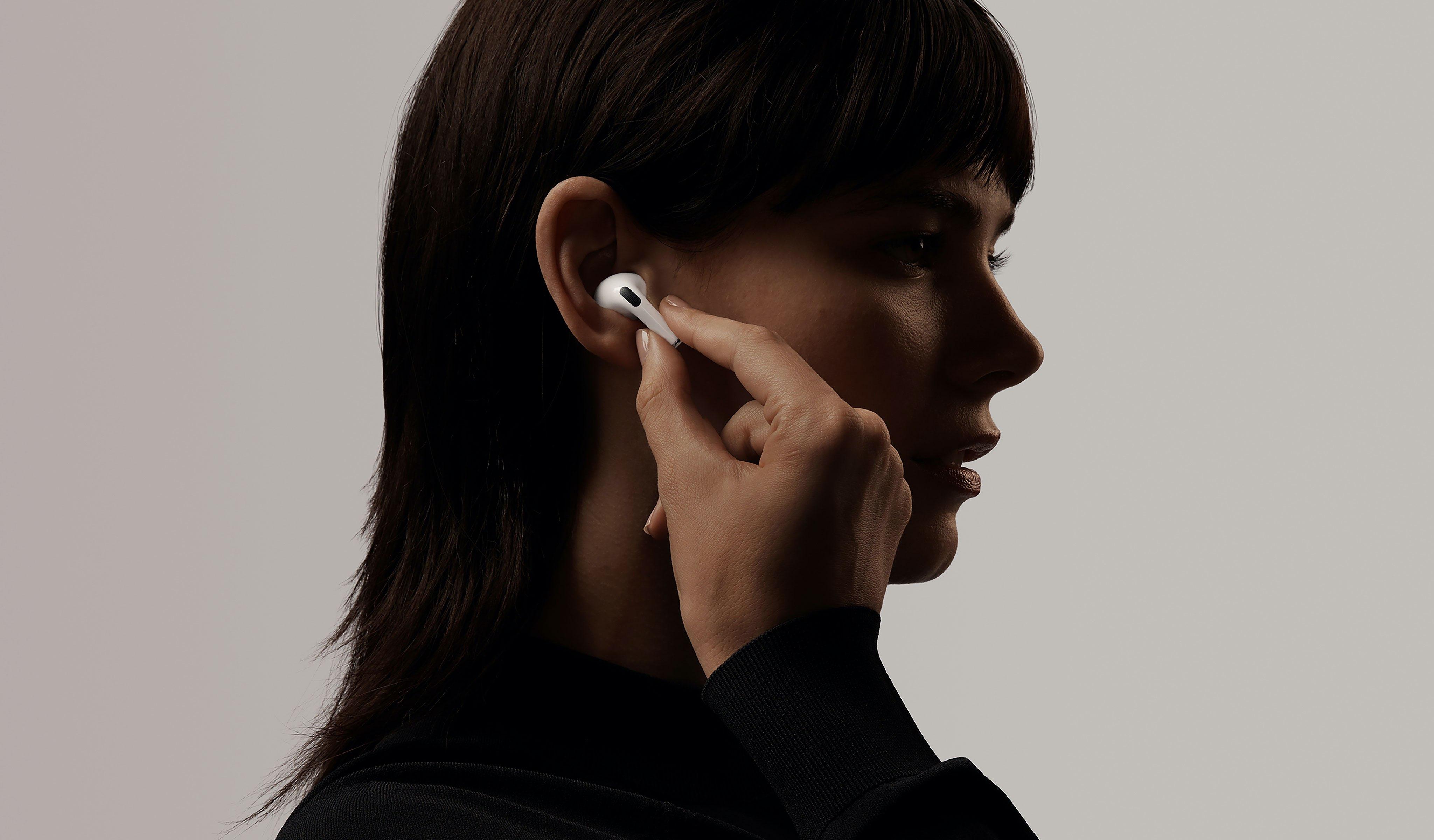 Обзор AirPods Pro_лучшие полностью беспроводные наушники от Apple - удобные наушники