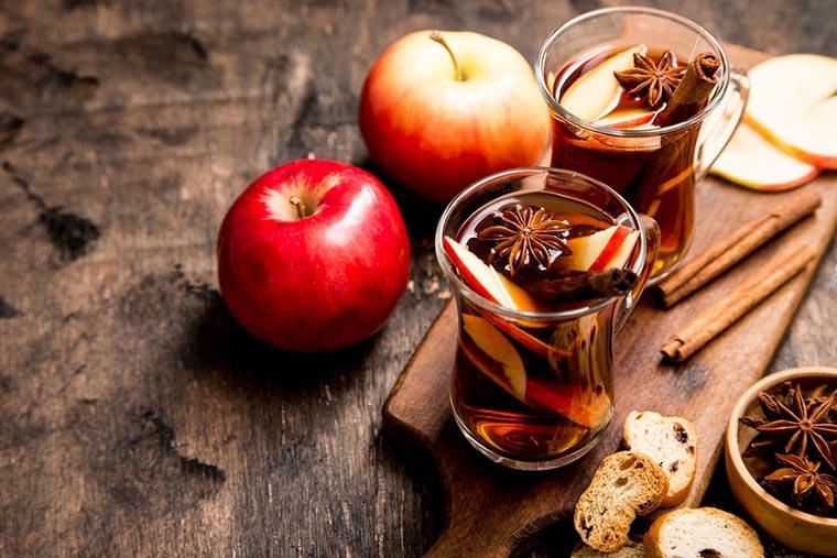 Рецепт яблочного пунша с корицей