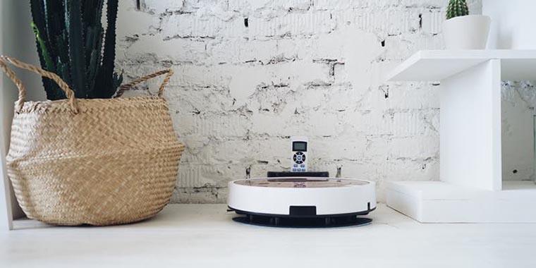 Робот-пылесос на базе