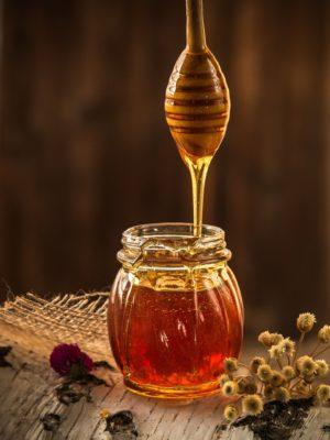 сколько хранится мёд