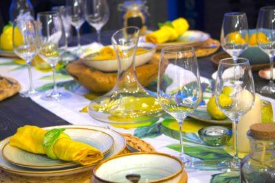 Сервірування святкового столу