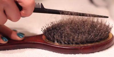 как почистить расческу от волос
